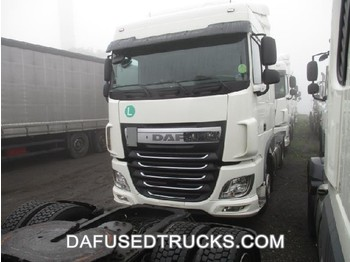 DAF XF 460 FT Low Deck - شاحنة جرار