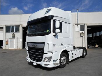 شاحنة جرار DAF XF 460 FT Super Space Cab