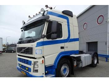 Volvo FM13-400 / GLOBETROTTER / AUTOMATIC / EURO-5 / LOW  - شاحنة جرار